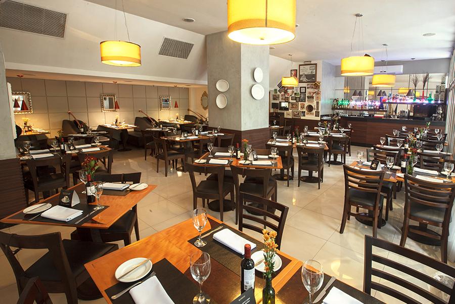 https://hotelboulevard.com.br/wp-content/uploads/2016/10/balbina-restaurante.jpg